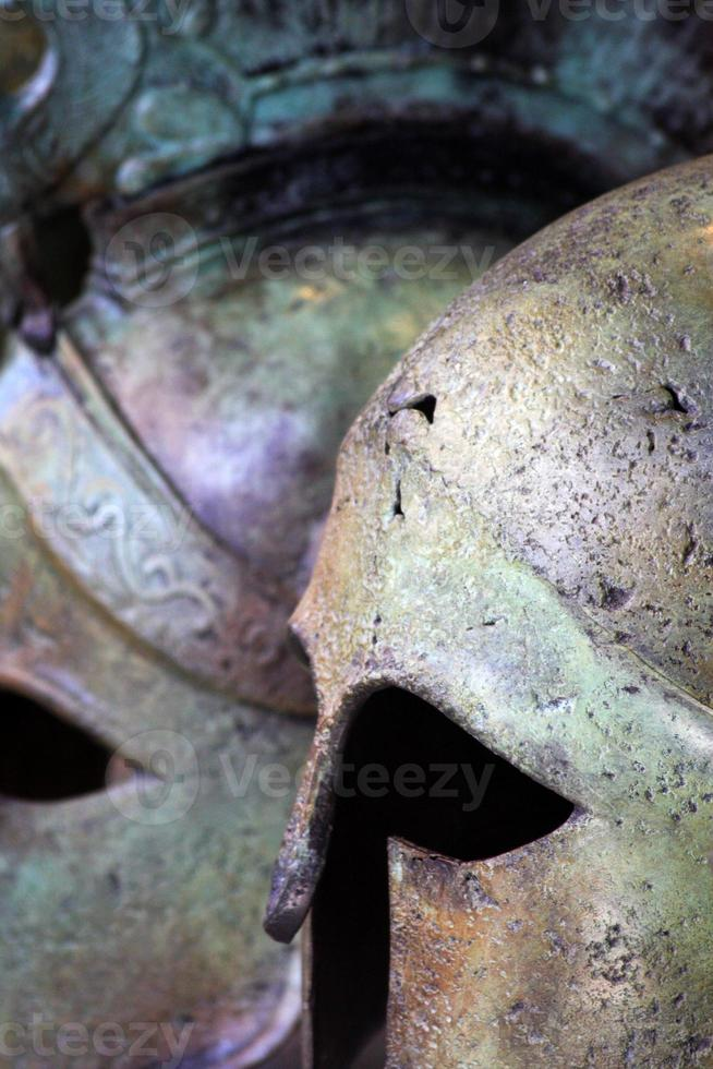 cascos griegos antiguos, de cerca foto