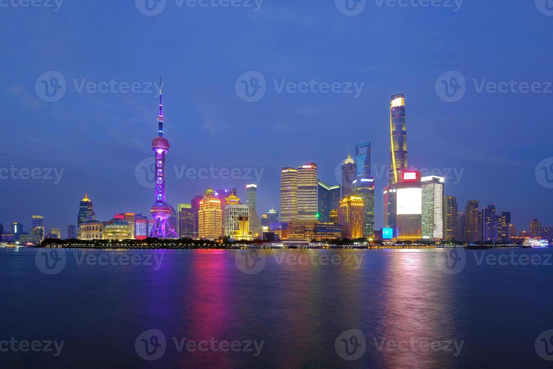horizonte de la ciudad de shanghai, shanghai, china foto