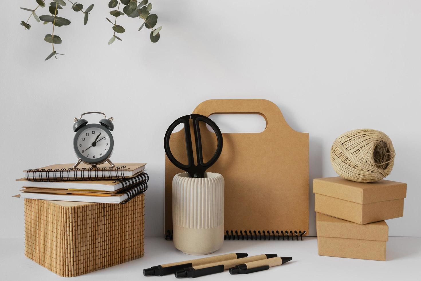 papeleria de materiales reciclados foto