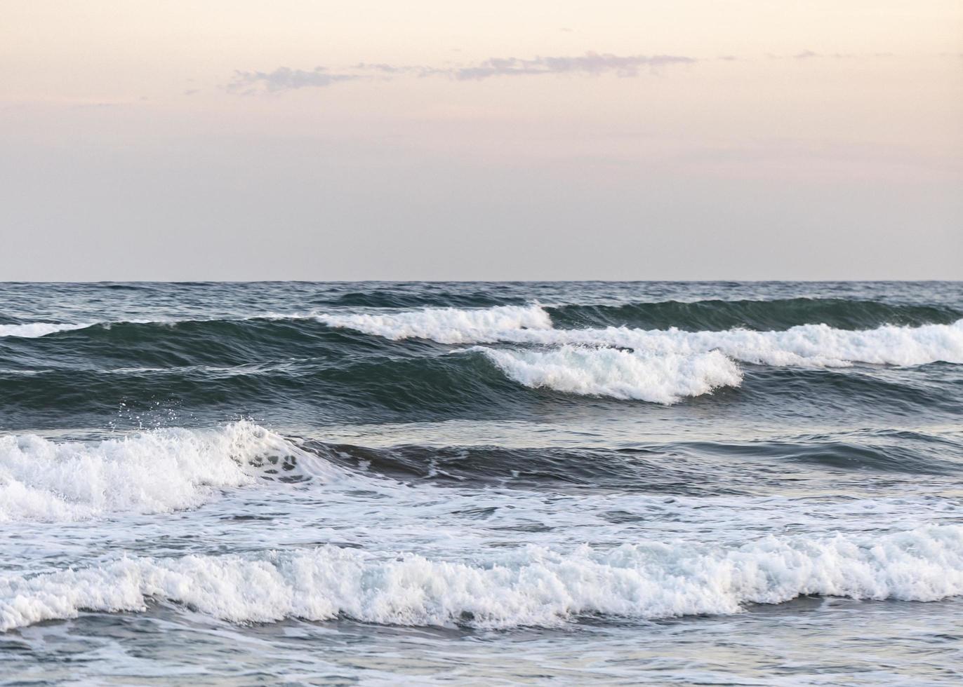 olas del mar playa foto