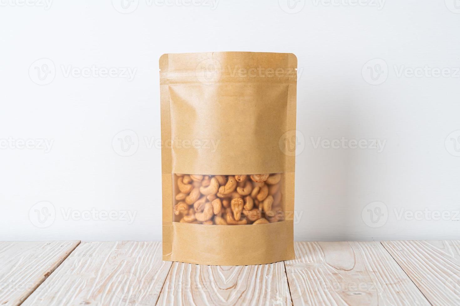 anacardos en bolsa foto