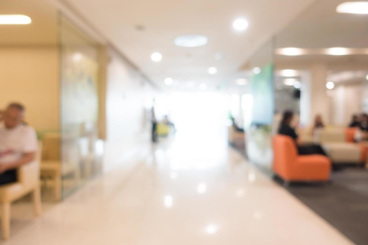 Desenfoque abstracto interior del hospital y la clínica foto