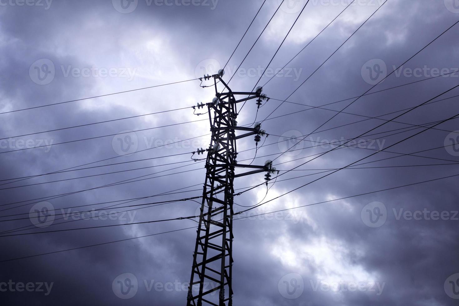 torres eléctricas cielo foto