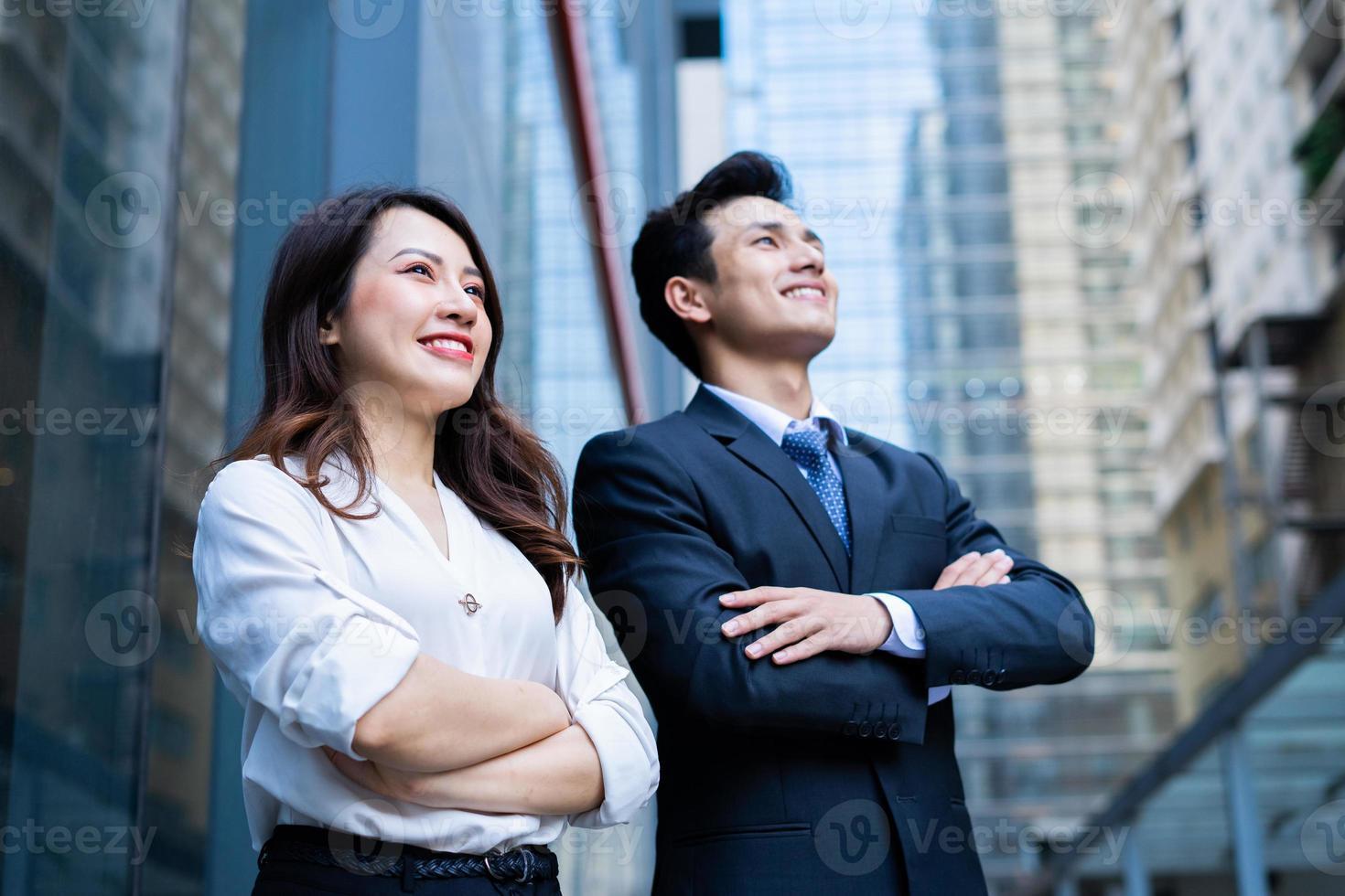 Portrait of two entrepreneur with confident expression photo