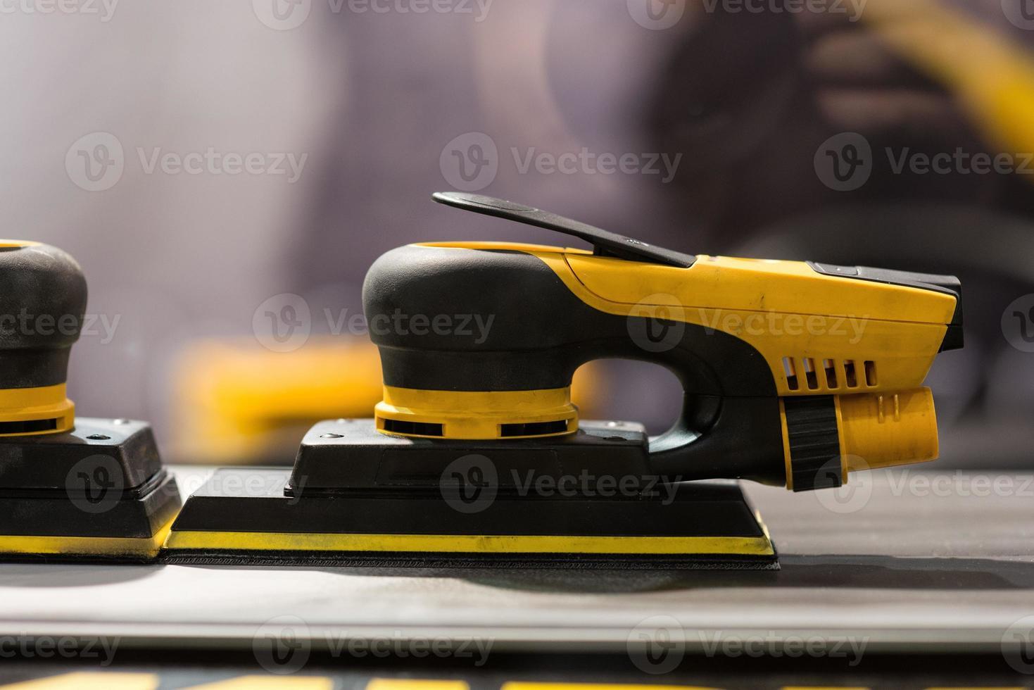 Herramientas para pulir y pulir carrocerías de vehículos - imagen foto