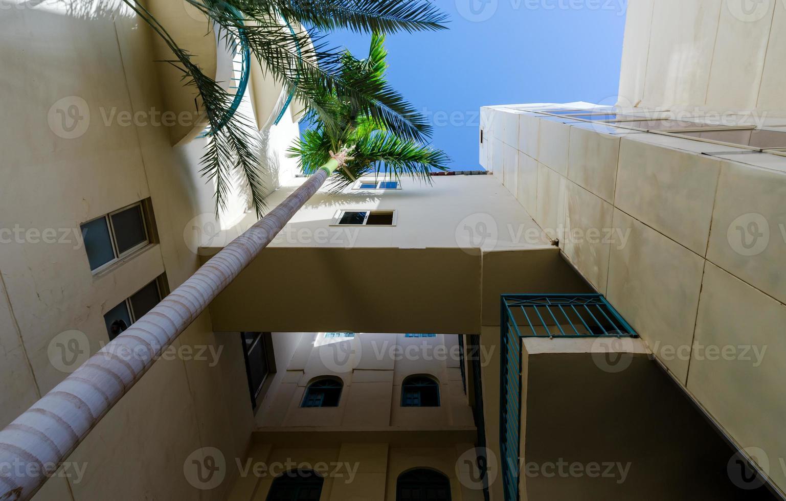 hotel vacío sin gente en egipto hurghada foto