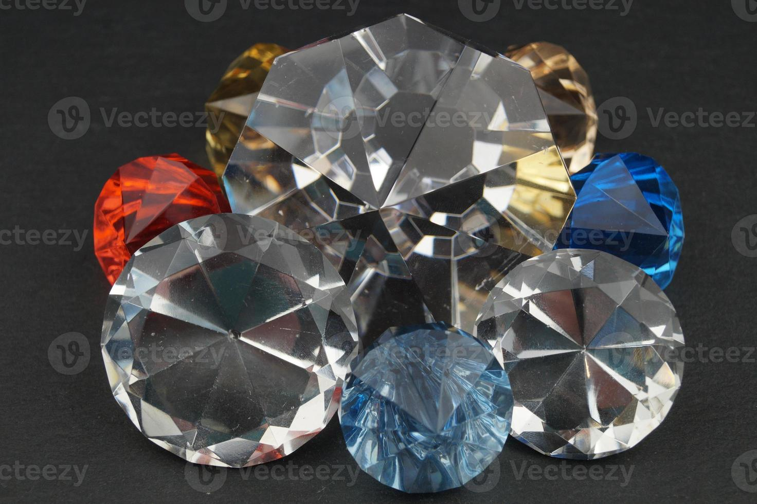 joyas de colores mezclados foto
