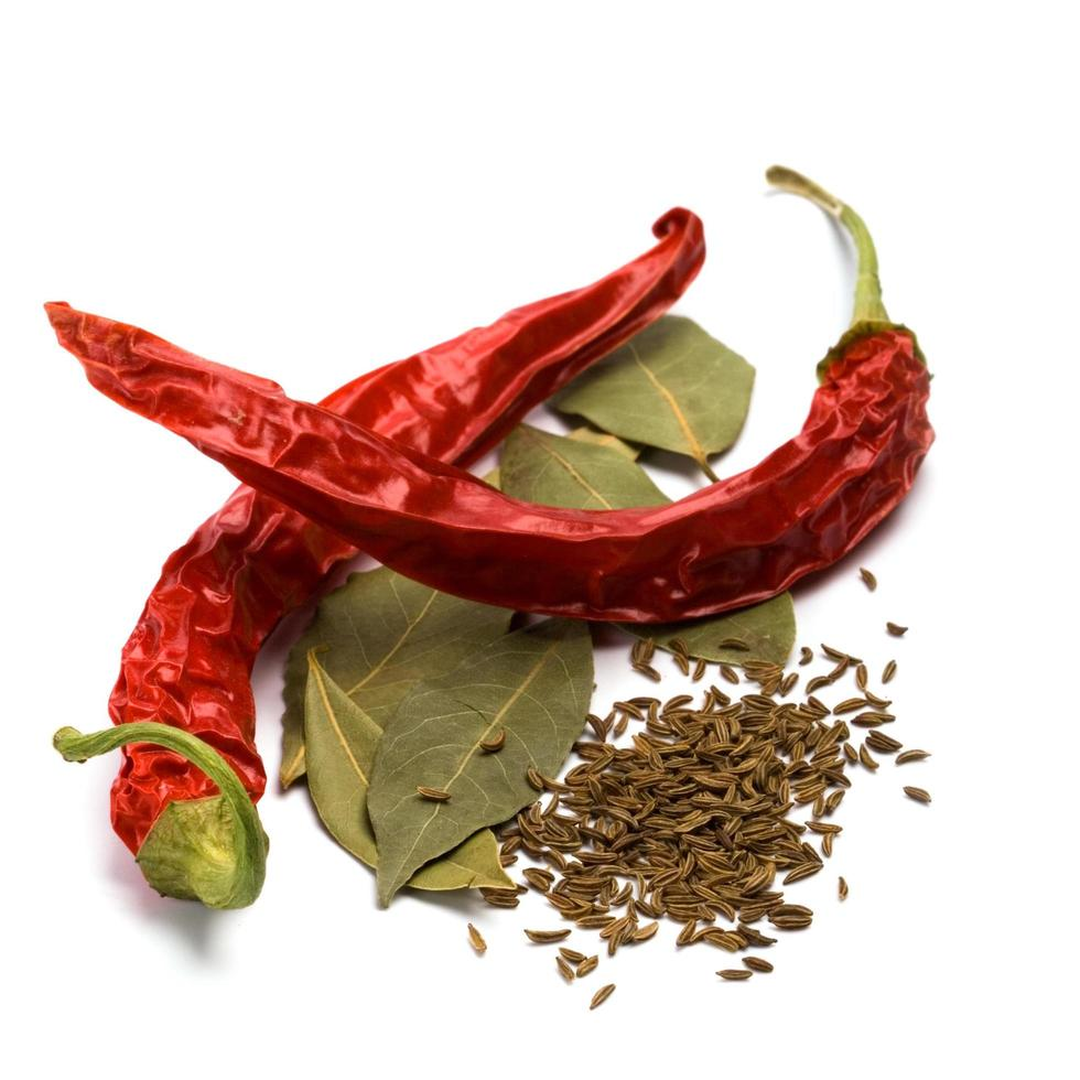 Pimento, caraway and bay leaves photo