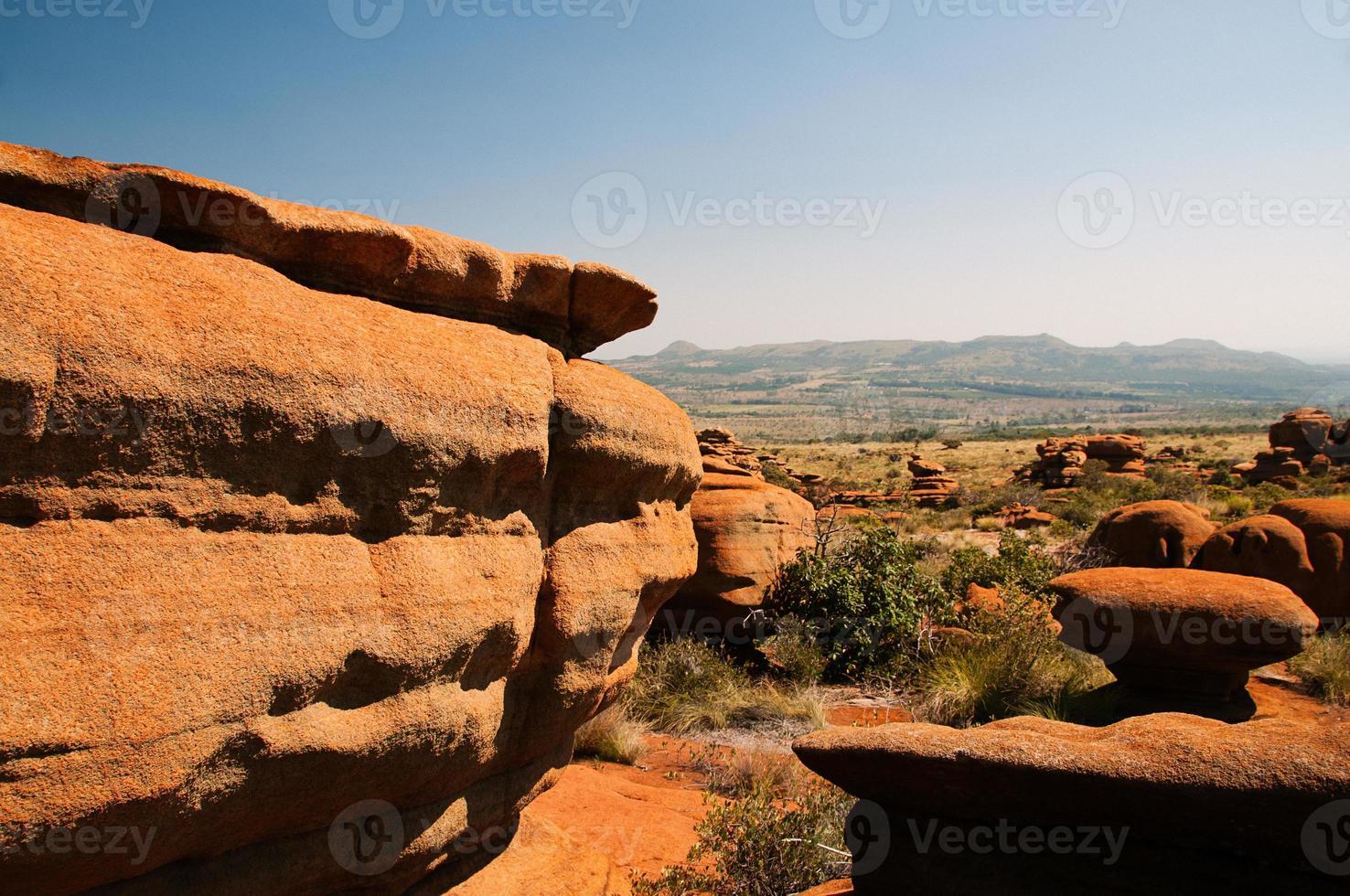 fantásticas rocas en forma de naturaleza en la meseta de sa magaliesberg foto