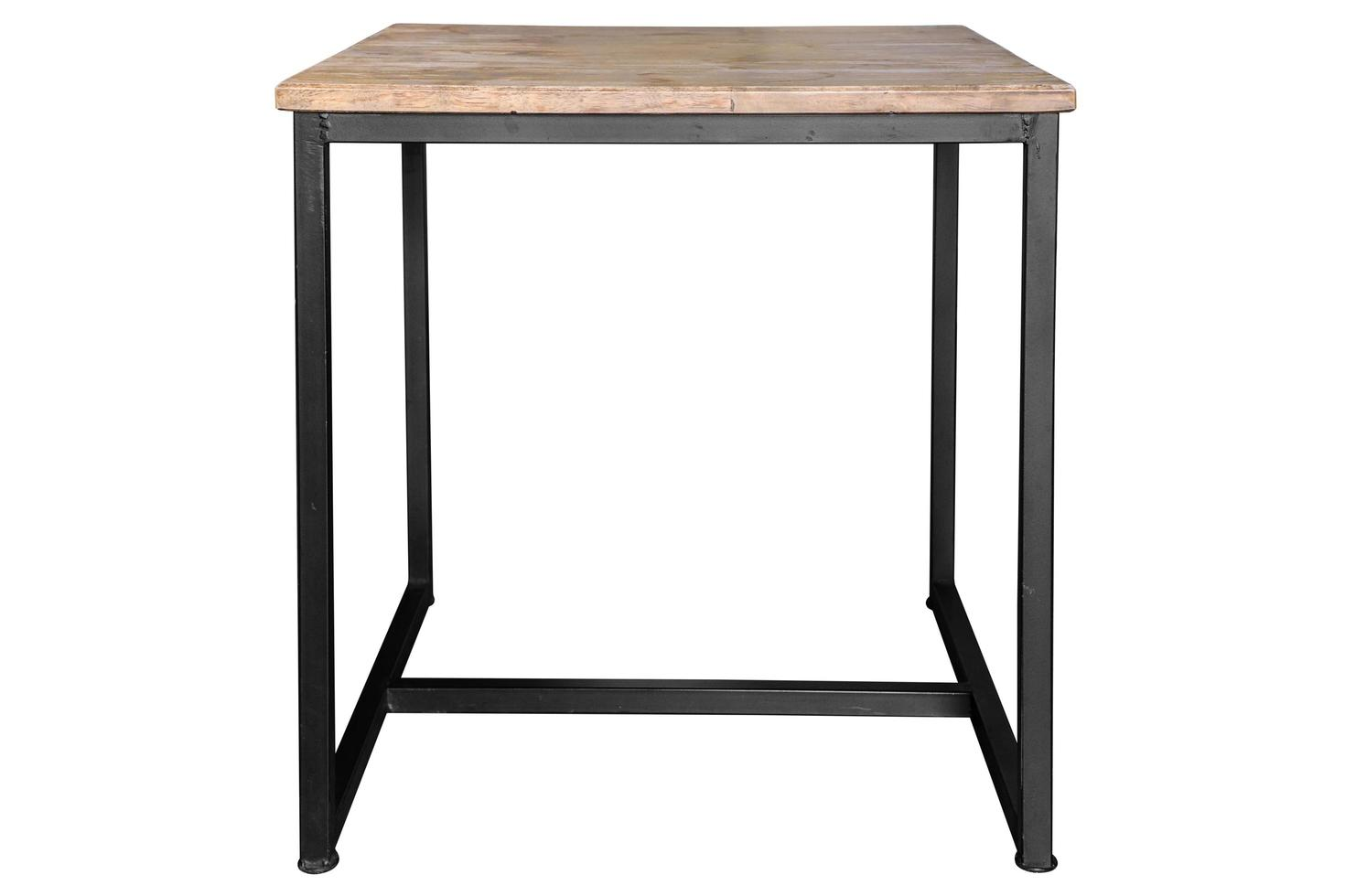 Mesa de madera moderna con patas de acero sobre fondo blanco. foto
