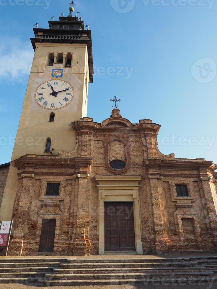 San Giorgio church in Chieri photo