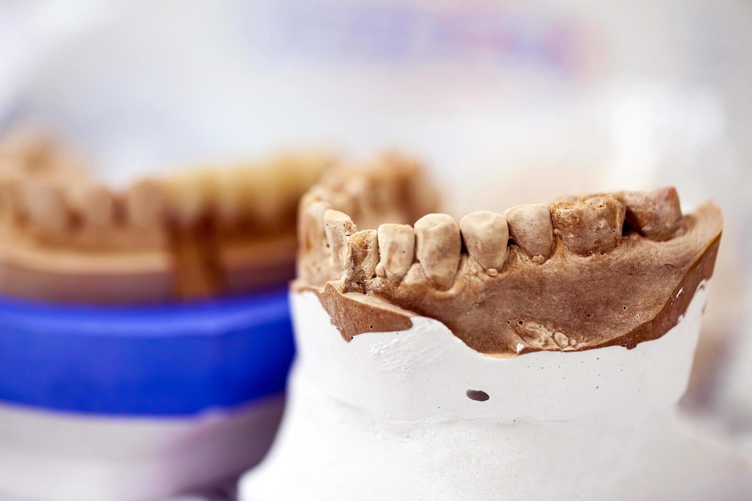 Zirconium Porcelain Tooth plate photo