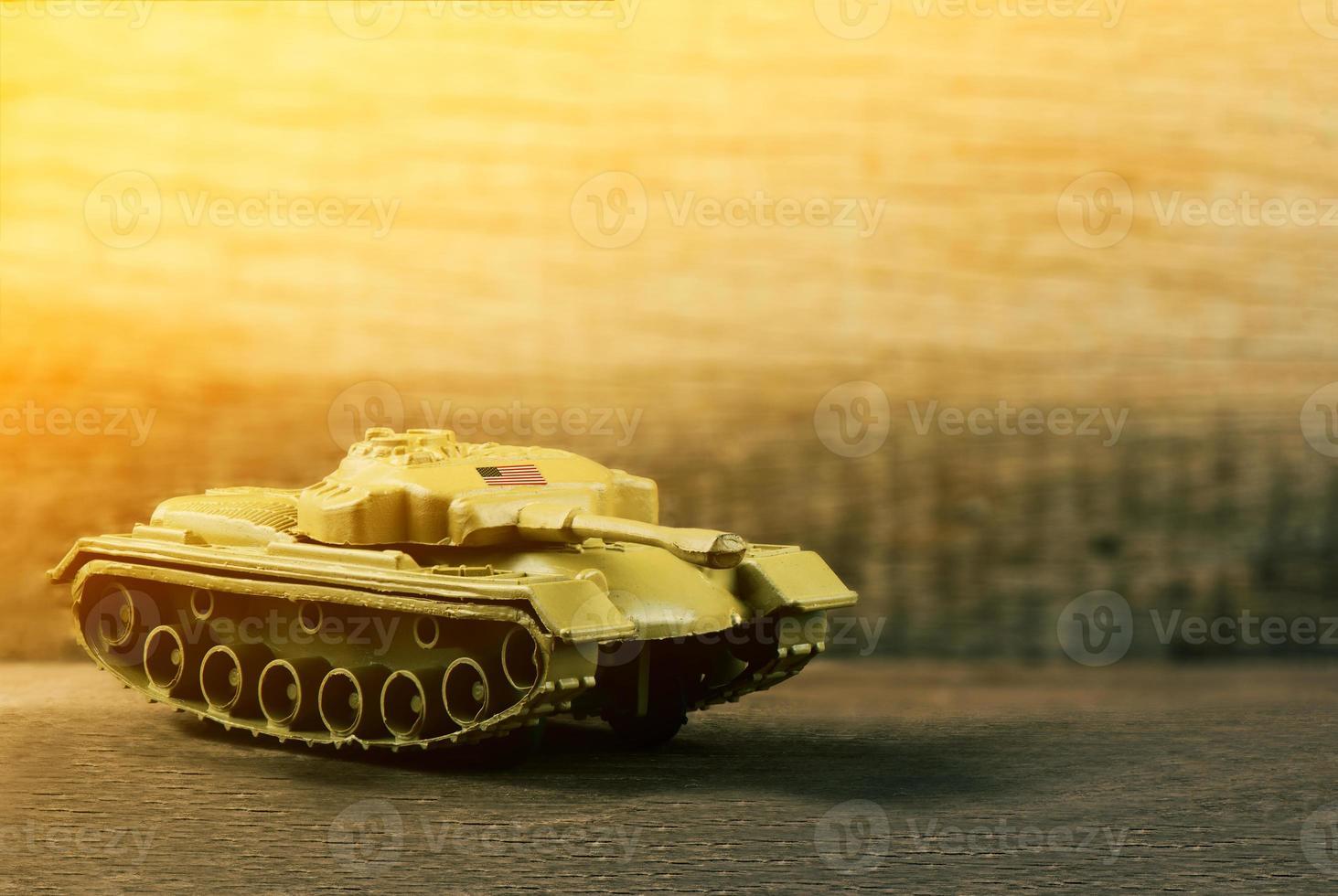 Tanque de guerra soldado americano en el campo de batalla, el enfoque selectivo foto