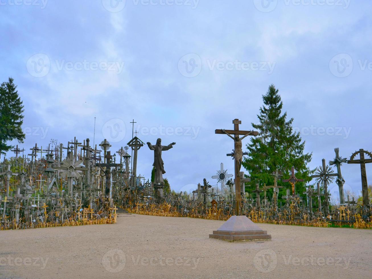 colina del patrimonio mundial de las cruces en lituania foto