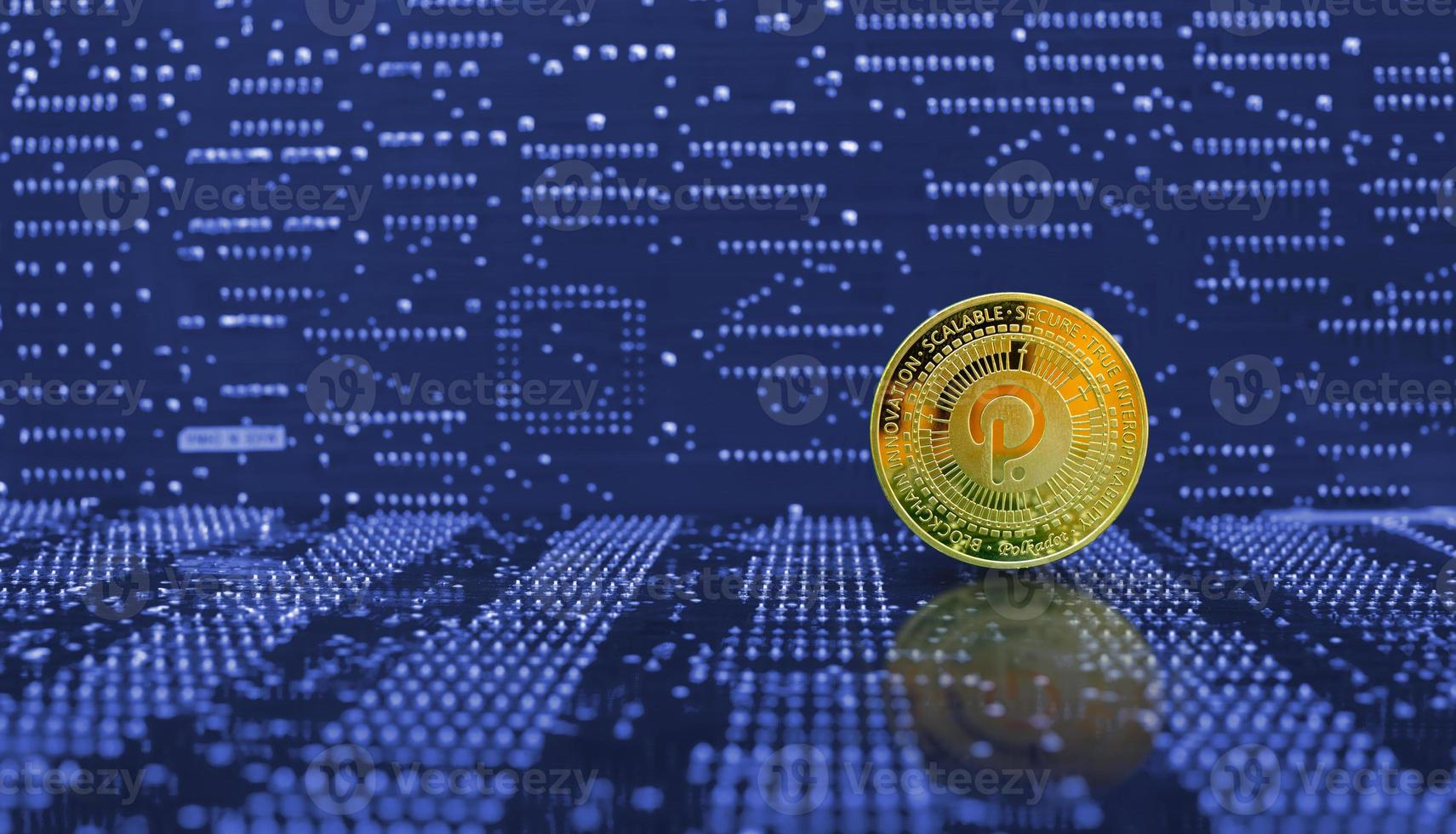 criptomoneda de moneda de lunares dorados foto