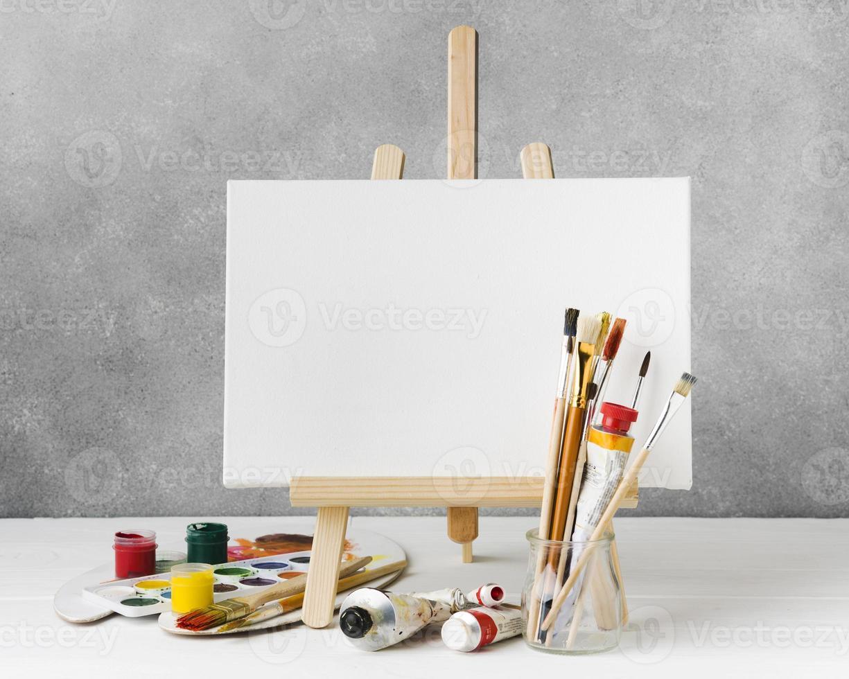 lienzo para pintura de acuarela, vista frontal foto
