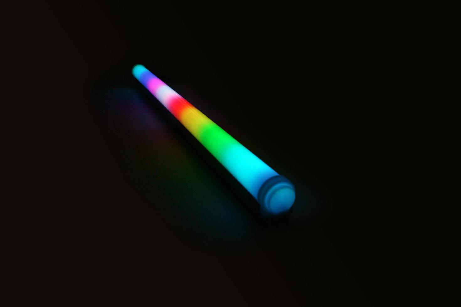 Luminarias led en varios colores para iluminación decorativa. foto