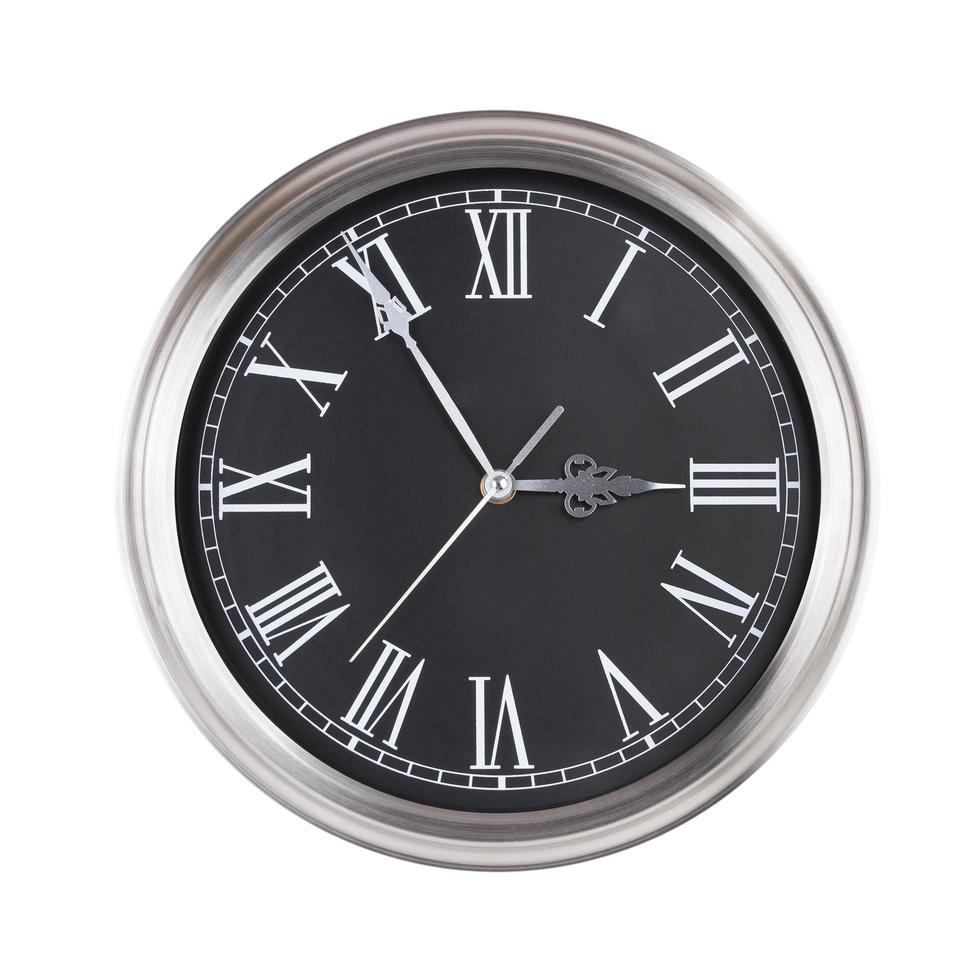 reloj redondo muestra cinco minutos para las tres foto