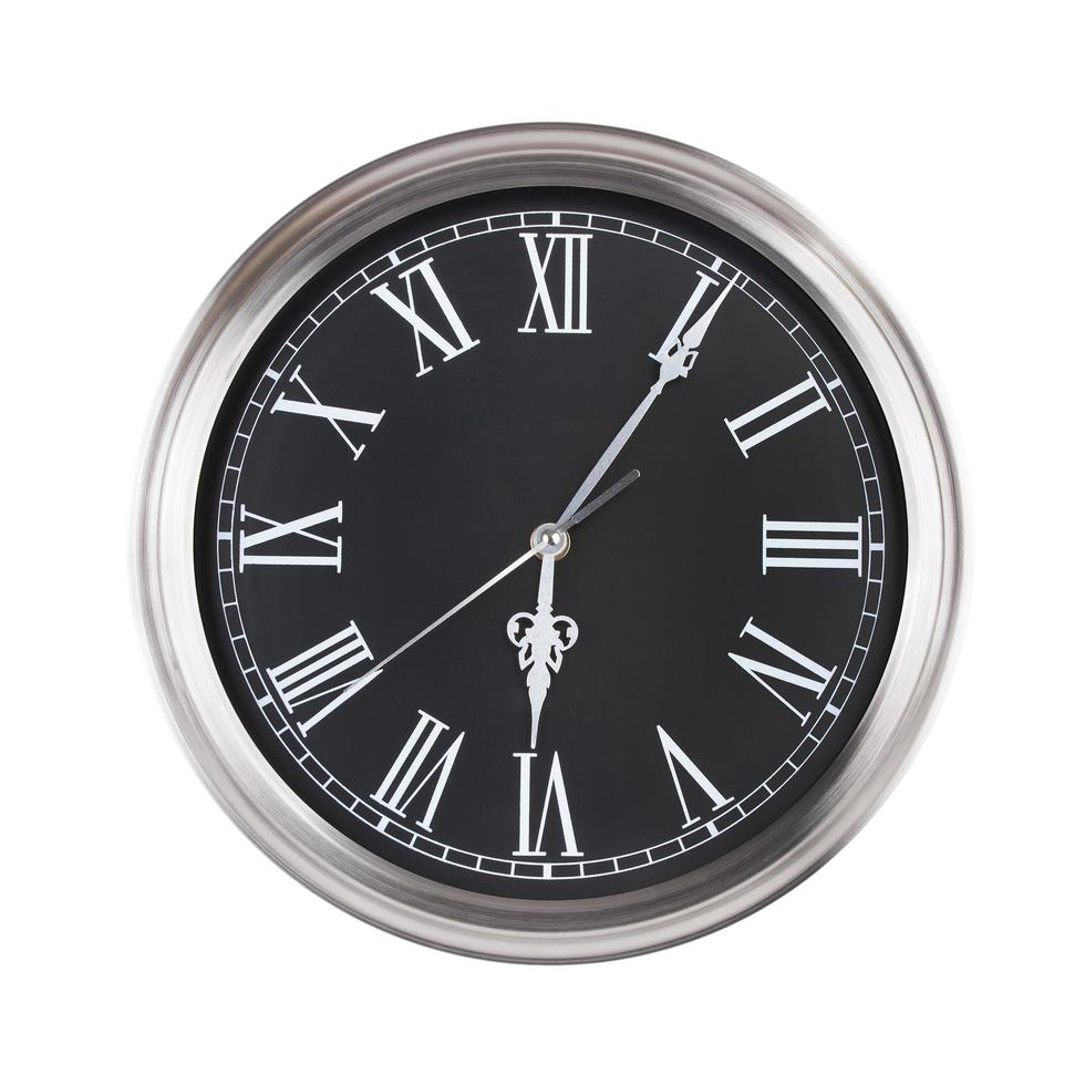 cinco minutos y seis en el reloj foto