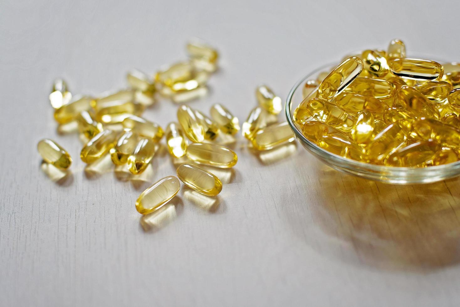 pastilla de aceite de pescado foto