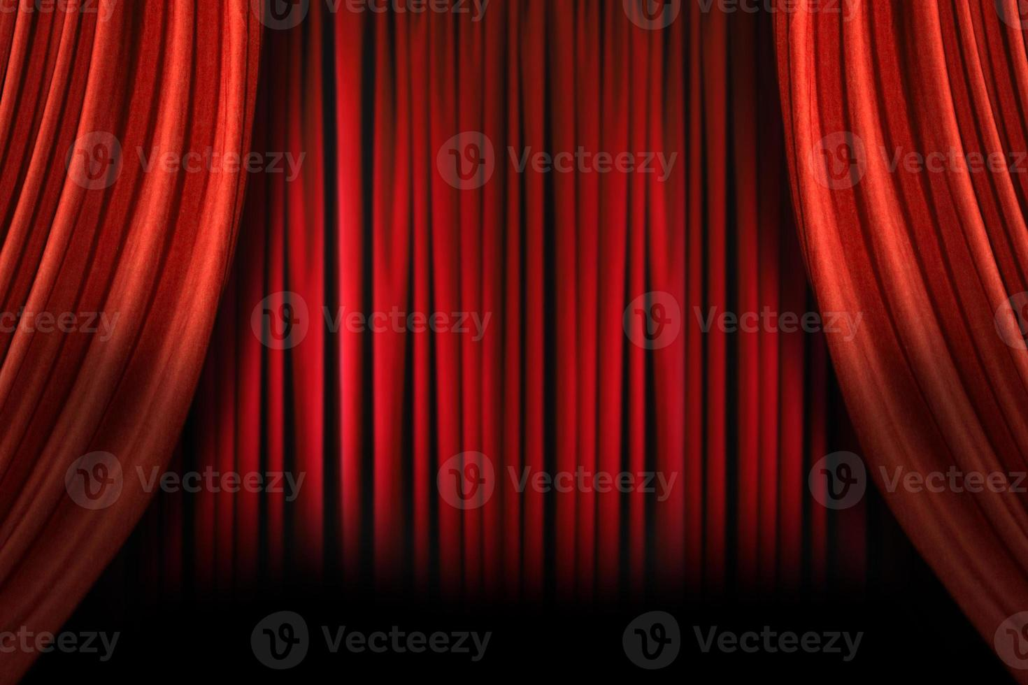 Escenario elegante pasado de moda con cortinas de terciopelo swag foto