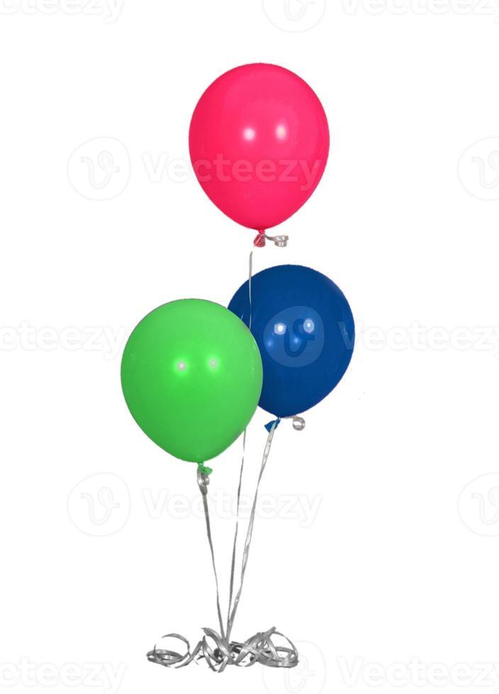 Globos de fiesta de cumpleaños aislados de colores primarios foto