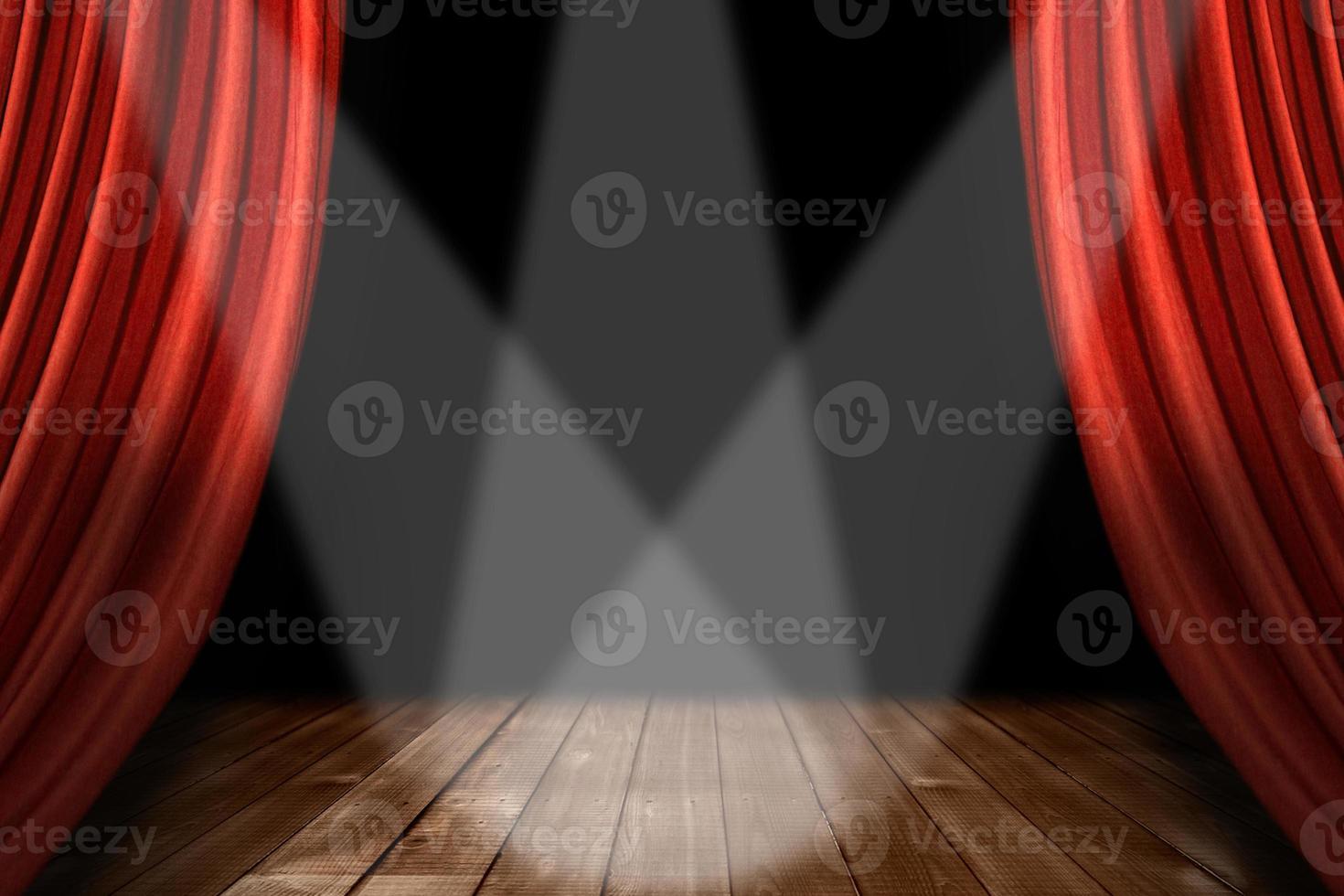 Fondo de escenario de teatro rojo con 3 focos centrados foto