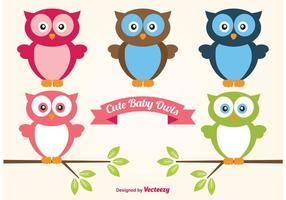 Lindo conjunto de búhos bebé