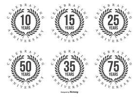 Etiquetas de aniversário retro vetor