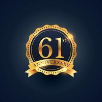 Étiquette de badge de célébration du 61e anniversaire de couleur dorée