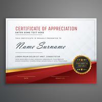 elegante modelo de design de certificado premium vermelho e dourado