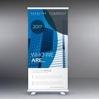 Estilo de círculo azul enrollar standee banner diseño vectorial
