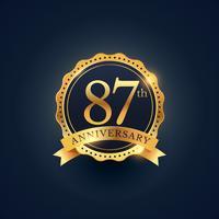 87e verjaardagsetiket in gouden kleur
