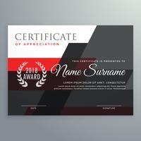 design de modelo de certificado moderno com vermelho geométrico e preto