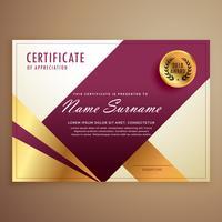 Plantilla de diseño de certificado premium con formas geométricas modernas.