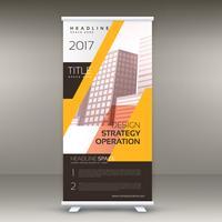 diseño de banner enrollable de standee amarillo con los detalles de su negocio
