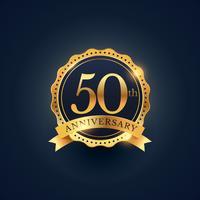 Etiquette de badge de célébration du 50ème anniversaire couleur dorée