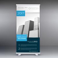 erstaunlicher Roll Up Stand mit Details zur Geschäftspräsentation