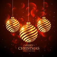 künstlerische goldene Weihnachtskugeldekoration auf rotem Hintergrund mit