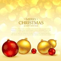 Saludo festivo de Navidad con bolas decoración lugar en golde