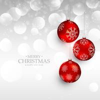 Navidad roja increíble colgando bolas sobre fondo de plata bokeh