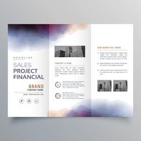 plantilla de diseño de folleto tríptico acuarela creativa