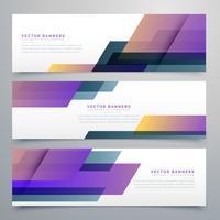 geometrische banners die in elegante paarse kleurenschaduwen worden geplaatst