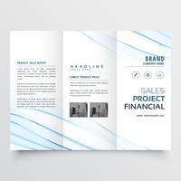 limpe o design de folheto de panfleto folheto mínimo tri-fold com w azul