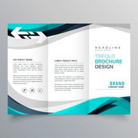 trifold broschyrdesign med vacker blå och grå våg
