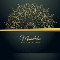 elegante decoração ornamental de mandala fundo dourado
