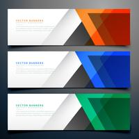 Banners geométricas abstratas em três cores diferentes