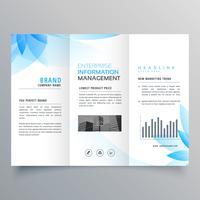 Plantilla de diseño de folleto de negocio de estilo de flor azul Resumen