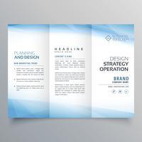 Plantilla de diseño de folleto de negocio azul triple