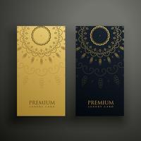 design de cartão de mandala de luxo em ouro e cor preta